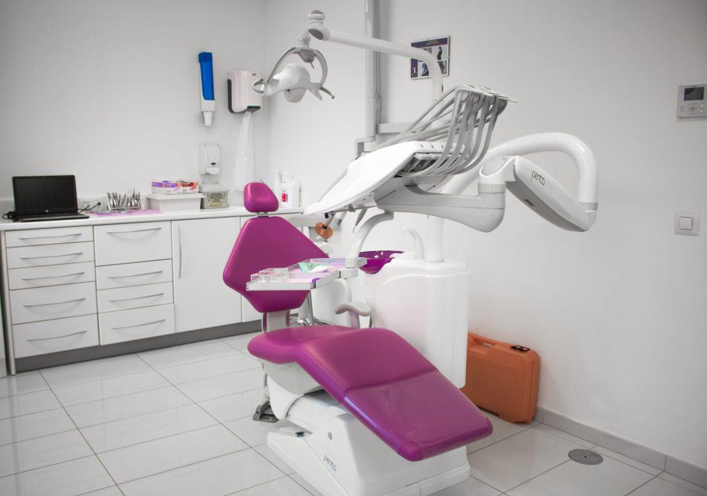Obra clínica dental Dentix