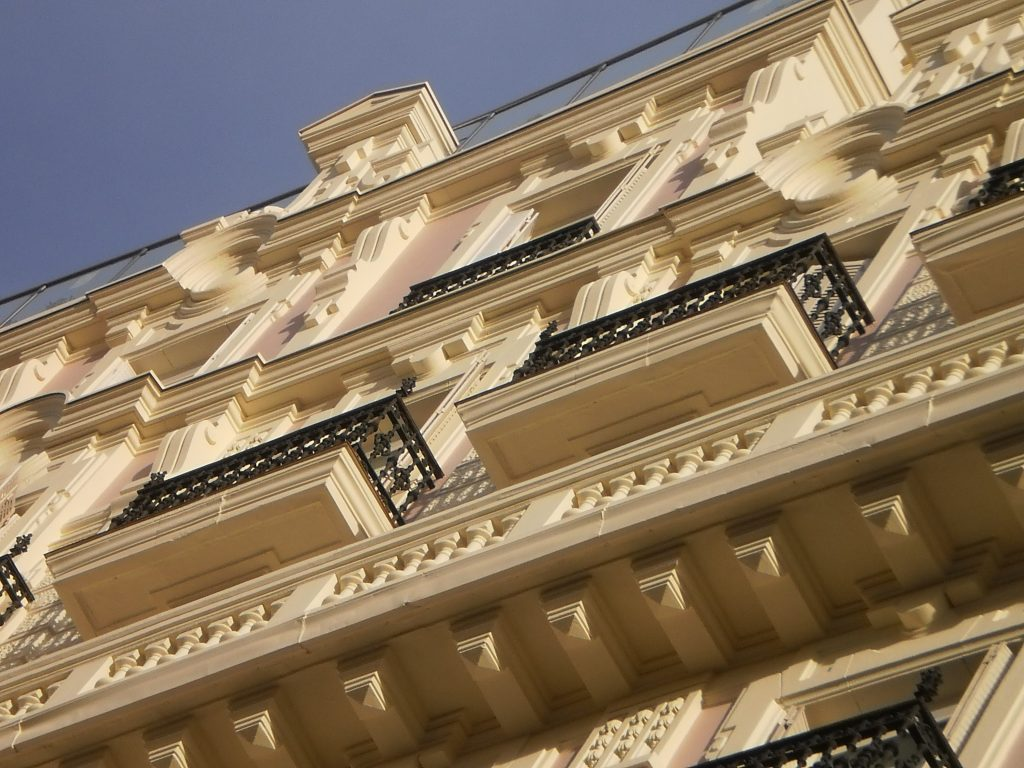 obra restauración hotel Senator